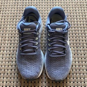 Nike Zoom Vomero 13 Womens Running Shoes US 7.5